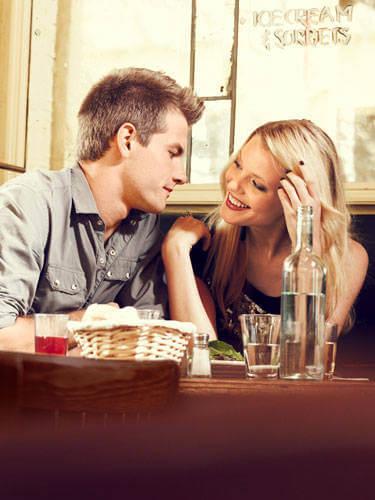 dating een meisje in je sociale kring Dating high school senior
